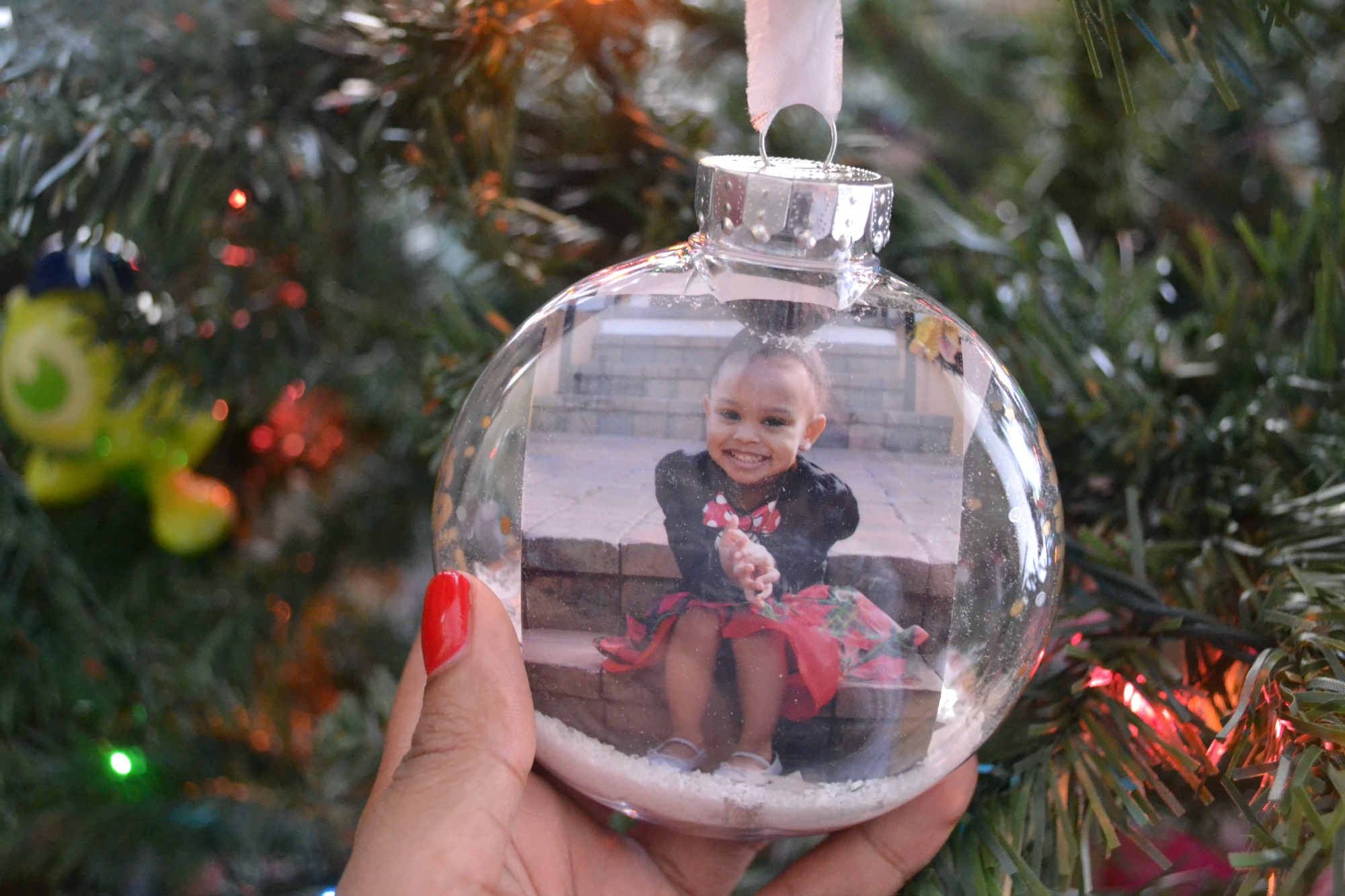 DIY Christmas Ornaments under $5 in 4 Easy Steps