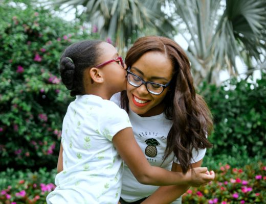 Orlando lifestyle blogger Bianca Dottin shares how to style matching mama + me summer outfits.