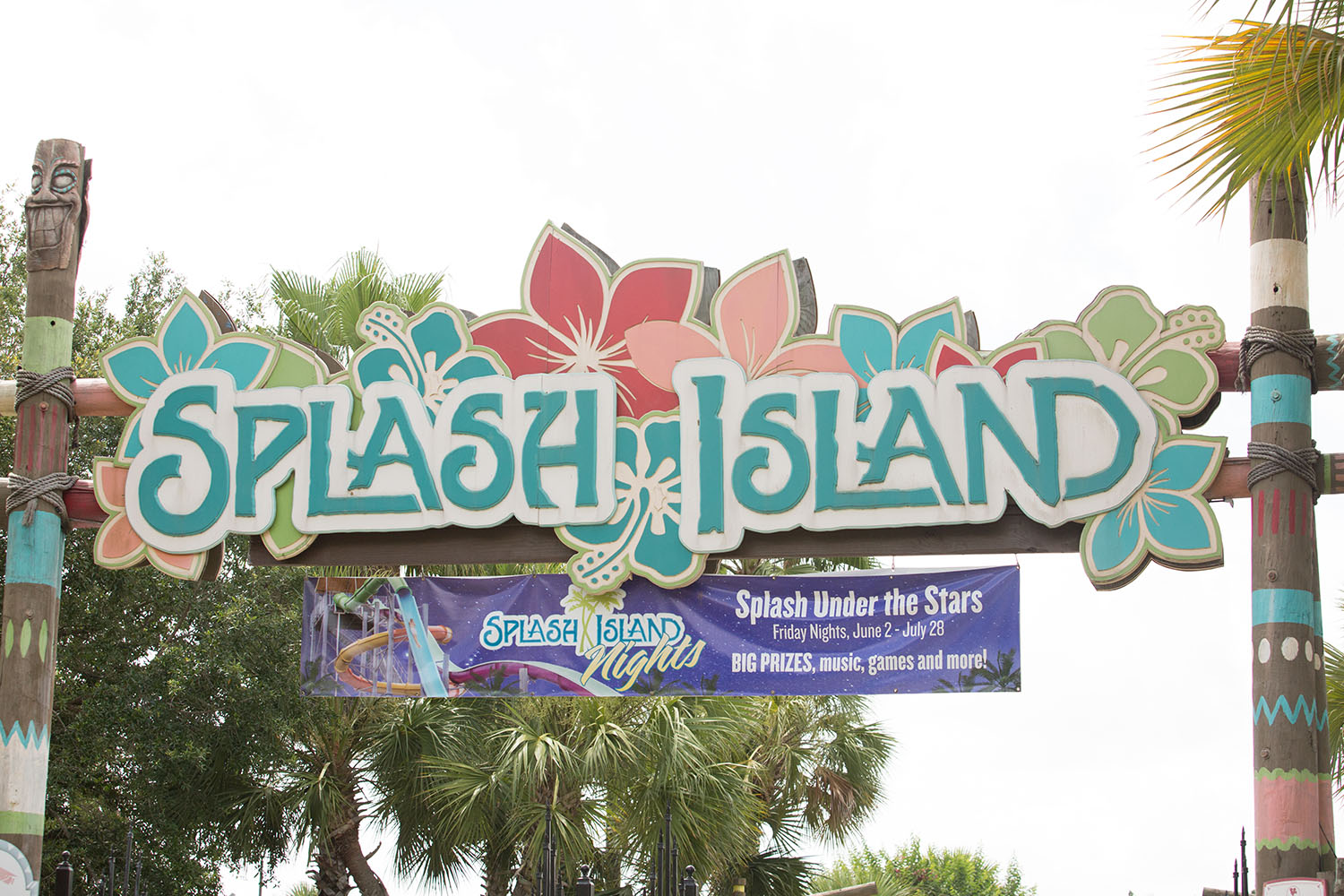 Splash Island - Wild Adventures Travel Guide