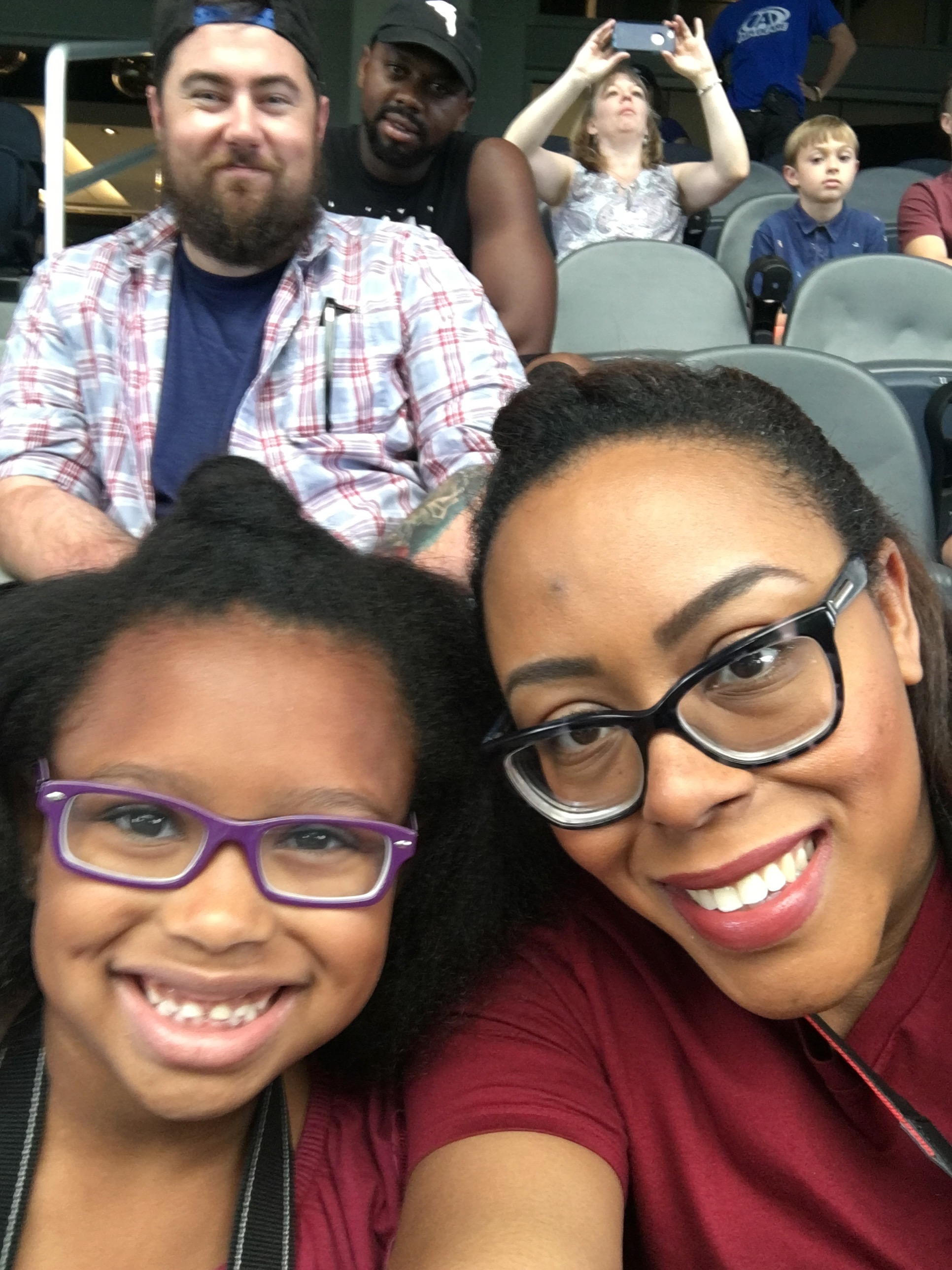 A Play-by-Play of Our College Game Day Routine | Bianca Dottin