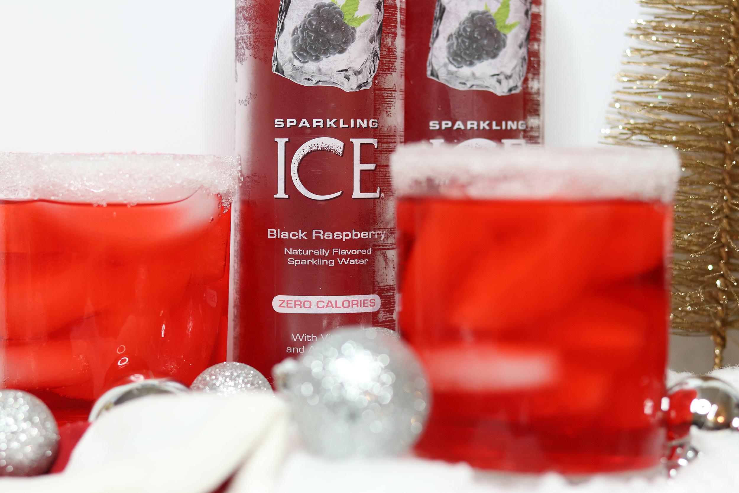 Santa's Black Raspberry Rum Cocktail | Bianca Dottin