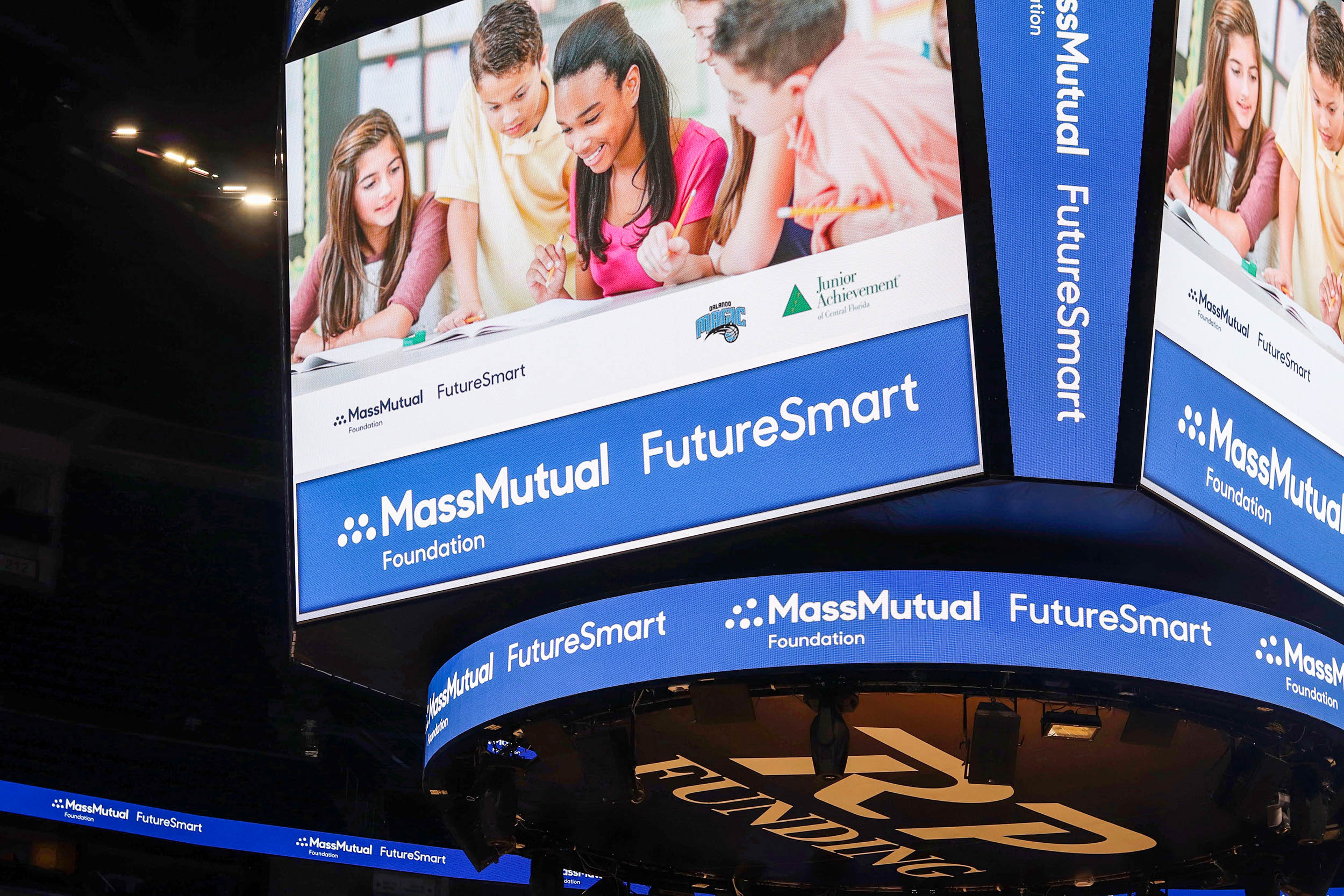 Why You Need The Future Smart Challenge to Teach Kids About Financial Literacy | Bianca Dottin