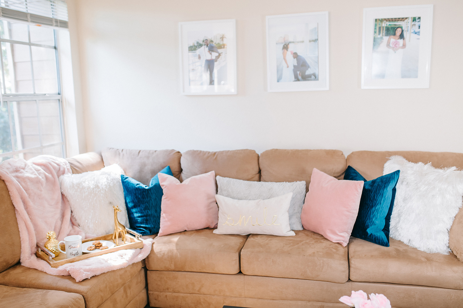 How to Decorate a Neutral Living Room with Pops of Color - Bianca Dottin