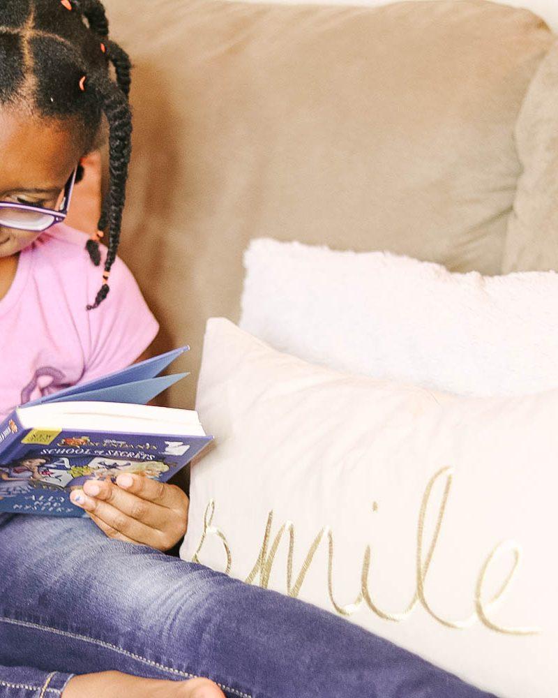 6 Kid Friendly Living Room Essentials