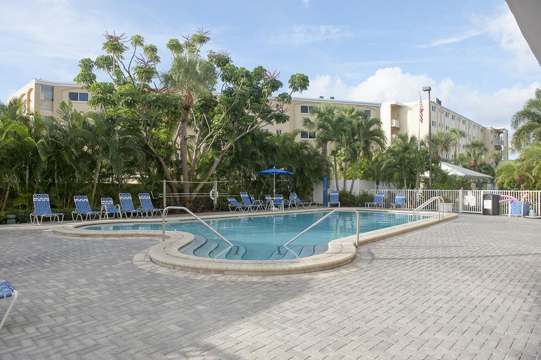 alden suites pool