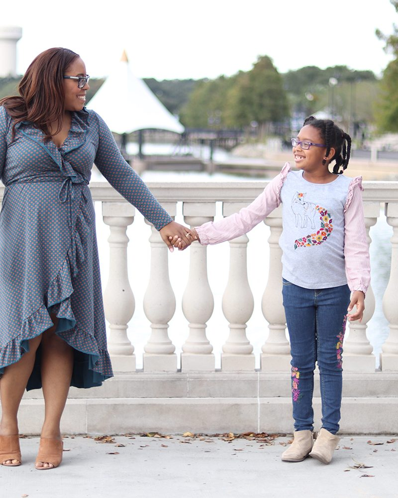 Orlando blogger Bianca Dottin sharing tips for creating coordinating family outfits
