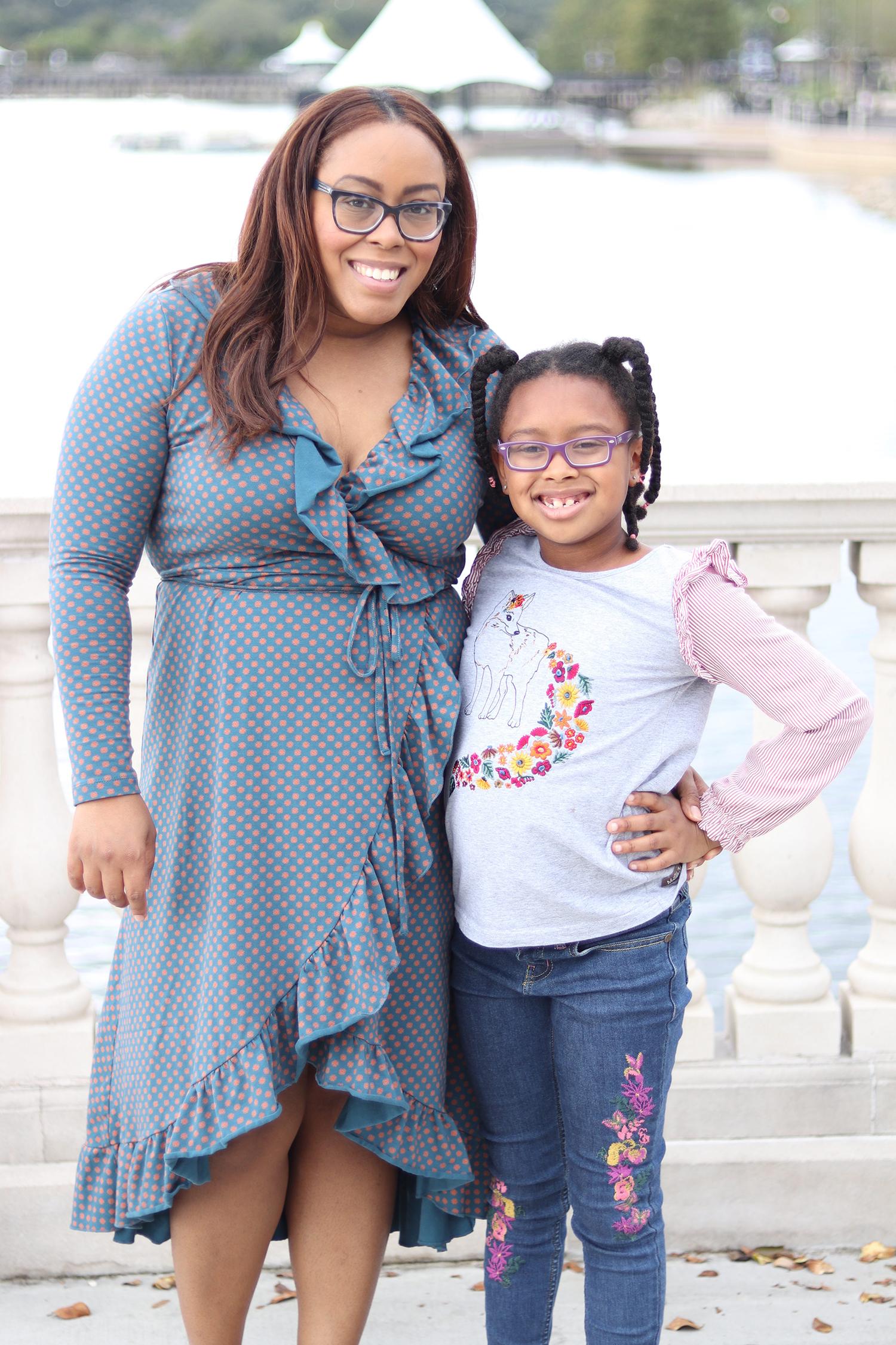 Florida lifestyle blogger Bianca Dottin with daughter