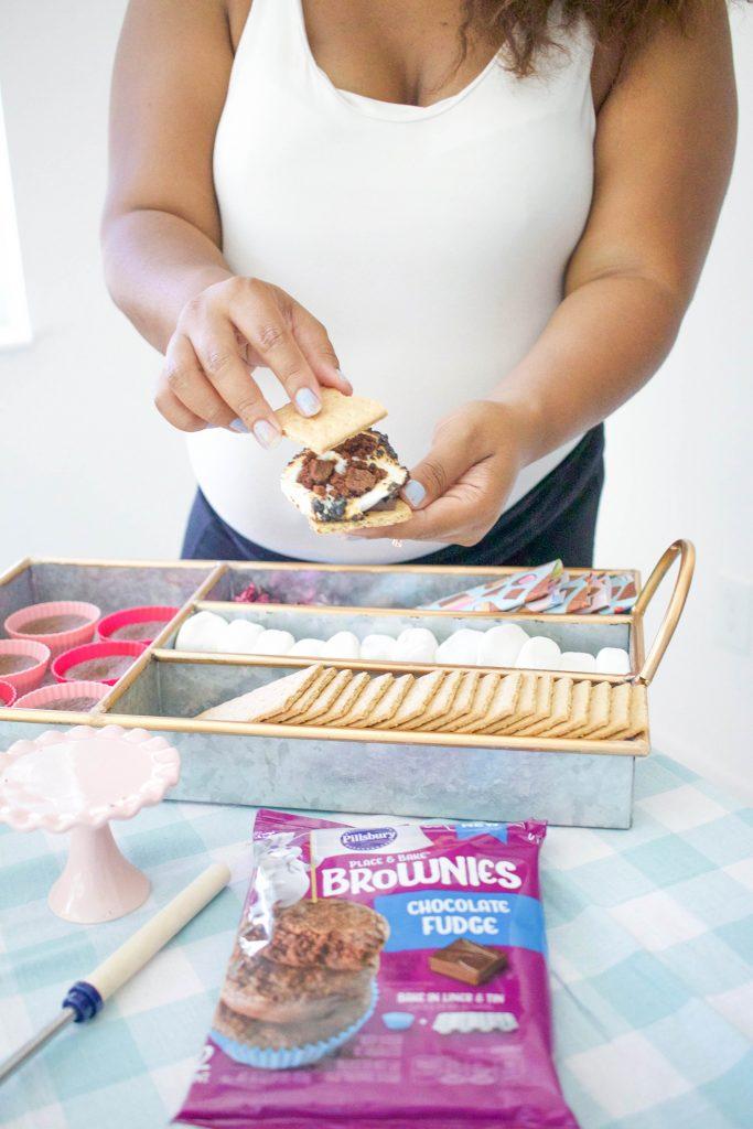 making brownie smores
