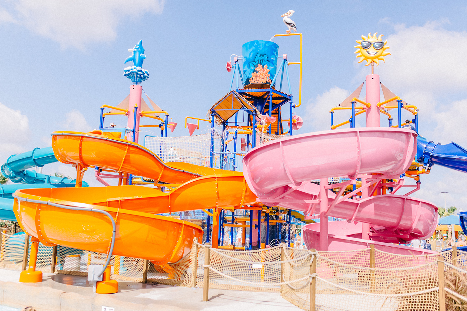 pelican's paradise slides island h2o live