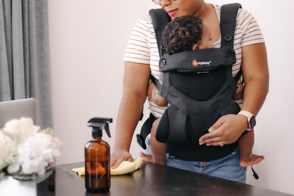 cleaning while babywearing