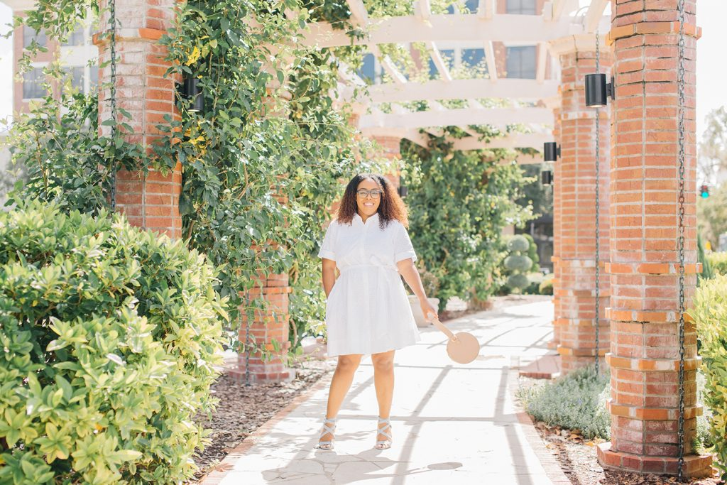 White Dress Petite Moms Will Love
