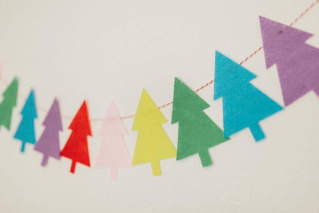 rainbow christmas garland