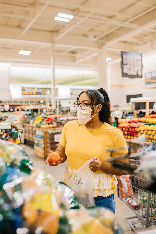 grocery shopping mom hacks